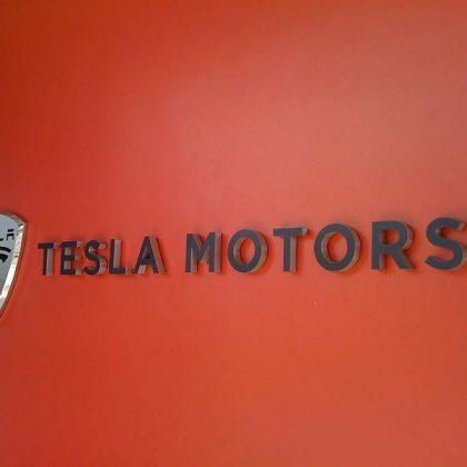 Tesla a mărit producția de mașini electrice cu 40%